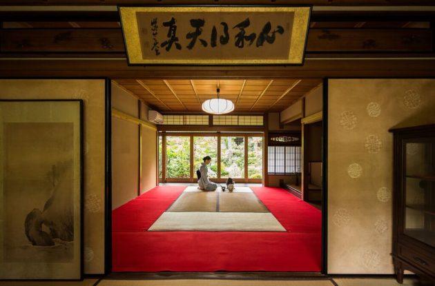 Camellia-garden-ryoanji-tea-ceremony-japan-kyoto