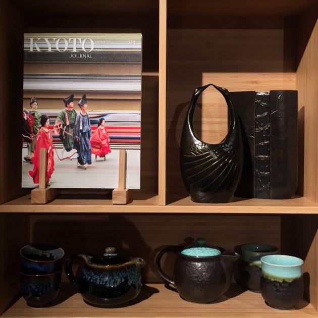 KJ on shelf at Portland